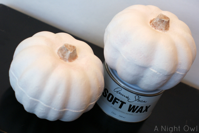 Annie Sloan Chalk Paint Pumpkins | #anniesloan #chalkpaint #ascp #pumpkins #fall #thanksgiving #decor