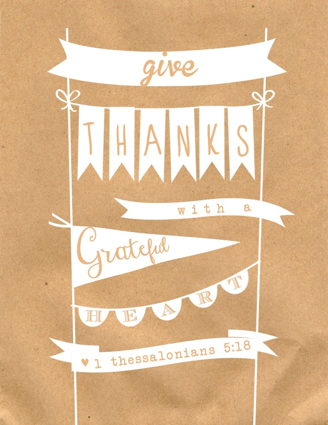 """Give thanks with a Grateful Heart"" - FREE Give Thanks Print perfect for Thanksgiving or all year round!"