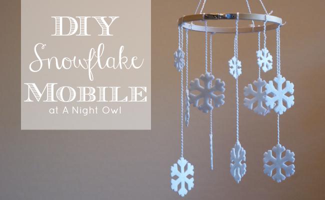 DIY Snowflake Mobile by @anightowlblog