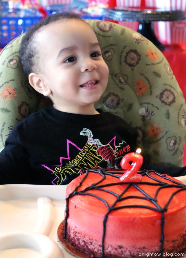 Spiderman Birthday Party by { anightowlblog.com } #spiderman #birthday #party