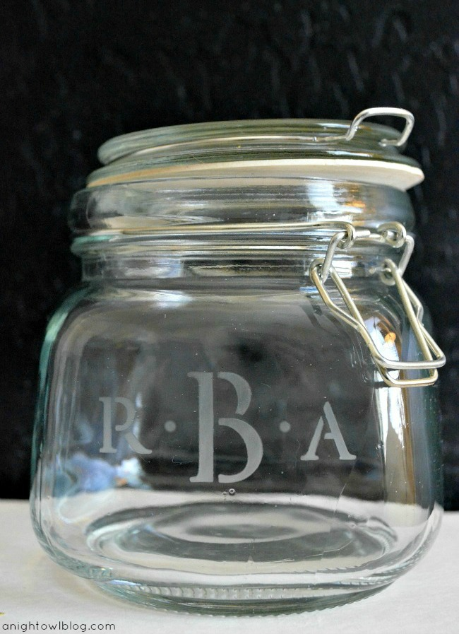 Mother's Day Monogram Manicure Jar with #MarthaStewartCrafts #mothersday