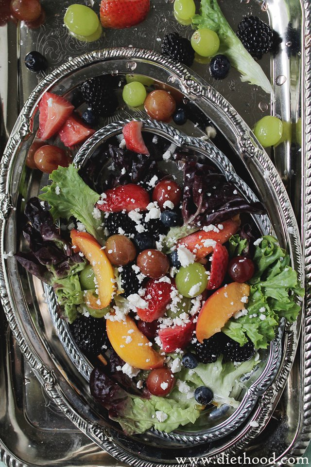 Moscato Fruit Salad | www.diethood.com | www.anightowlblog.com | #recipe #fruitsalad #summerrecipes