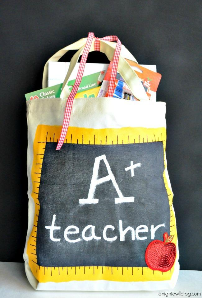 Back to School Teacher's Chalkboard Tote | #michaelsbts #backtoschool #teacher #gift #chalkboard