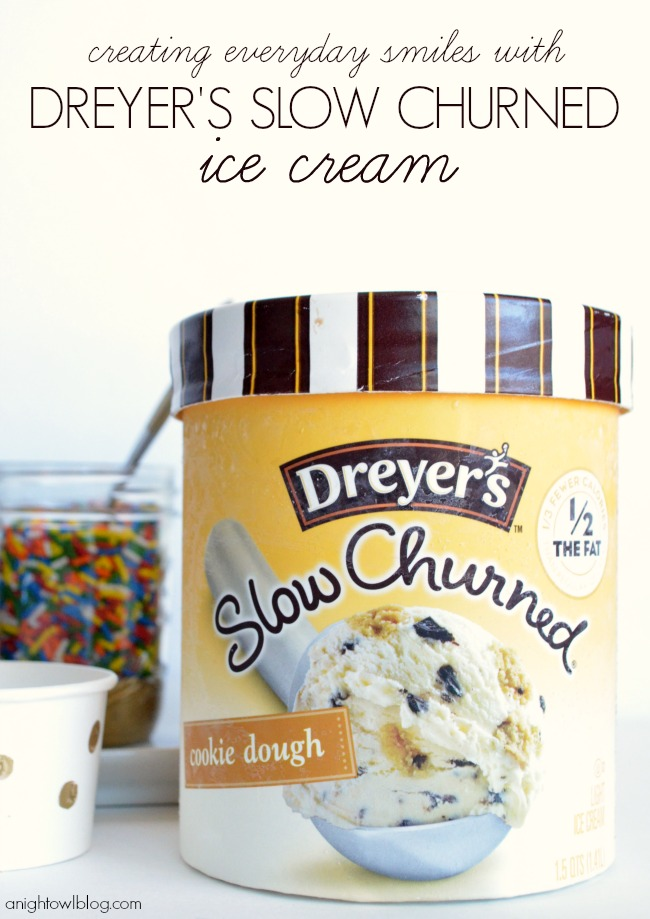 Creating Everyday Smiles with a Dreyer's Slow Churned Ice Cream Party | #icecream #party #SlowChurnedSmiles