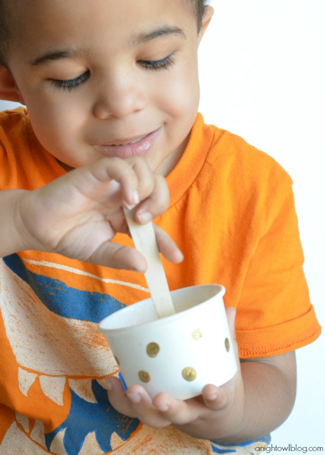 Ice Cream Party with Dreyer's Slow Churned Ice Cream | #icecream #party #SlowChurnedSmiles
