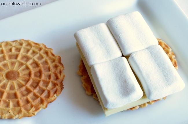 Italian White Chocolate Waffle Cookie S'mores #GourmetGetaway
