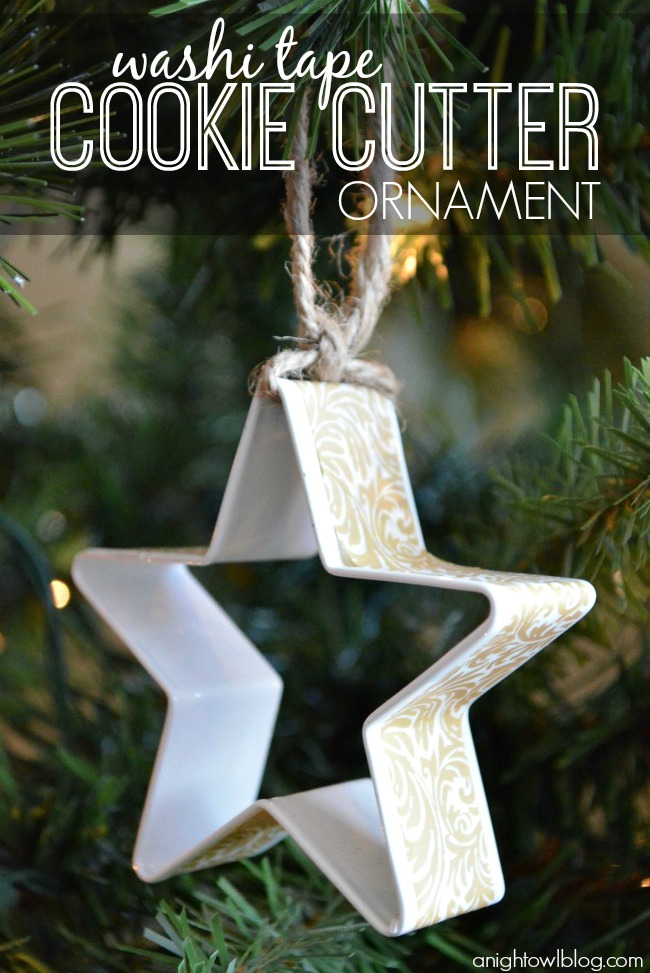 How easy and fun is this? Add washi tape to a cookie cutter for a fun ornament!