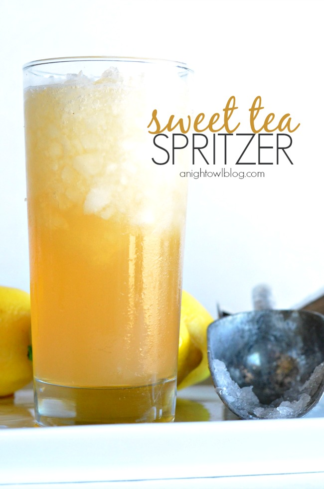 Perfect for Spring and Summer! Whip up a Sweet Tea Spritzer - sweet tea with a twist!