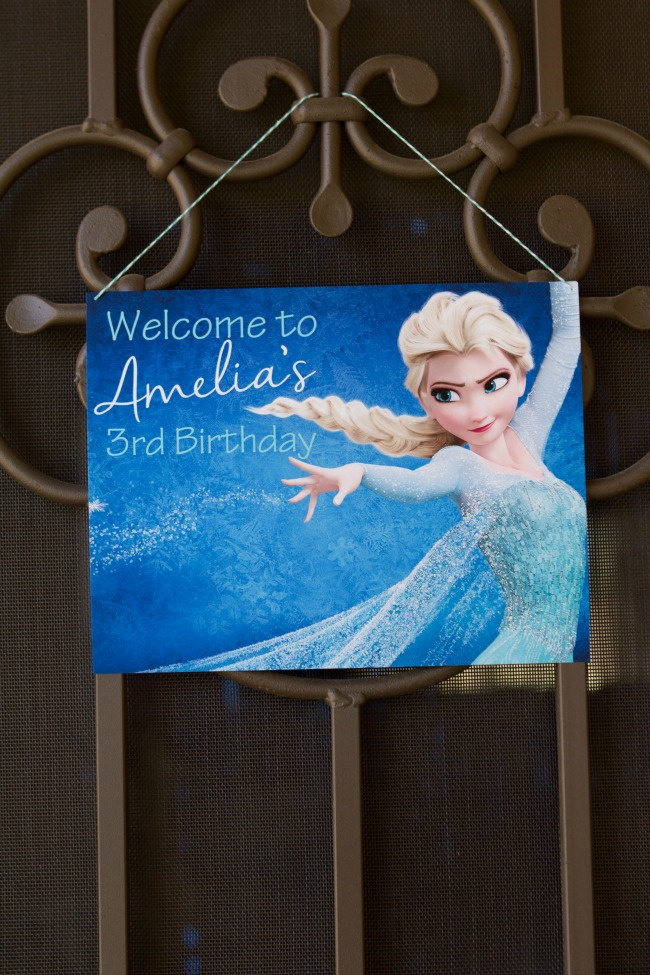 Adorable Front Door Sign - Disney Frozen Birthday Party Ideas