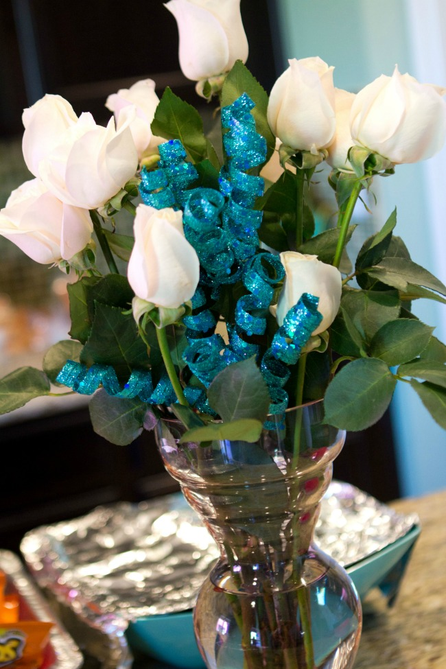 Beautiful floral arrangements - Disney Frozen Birthday Party Ideas