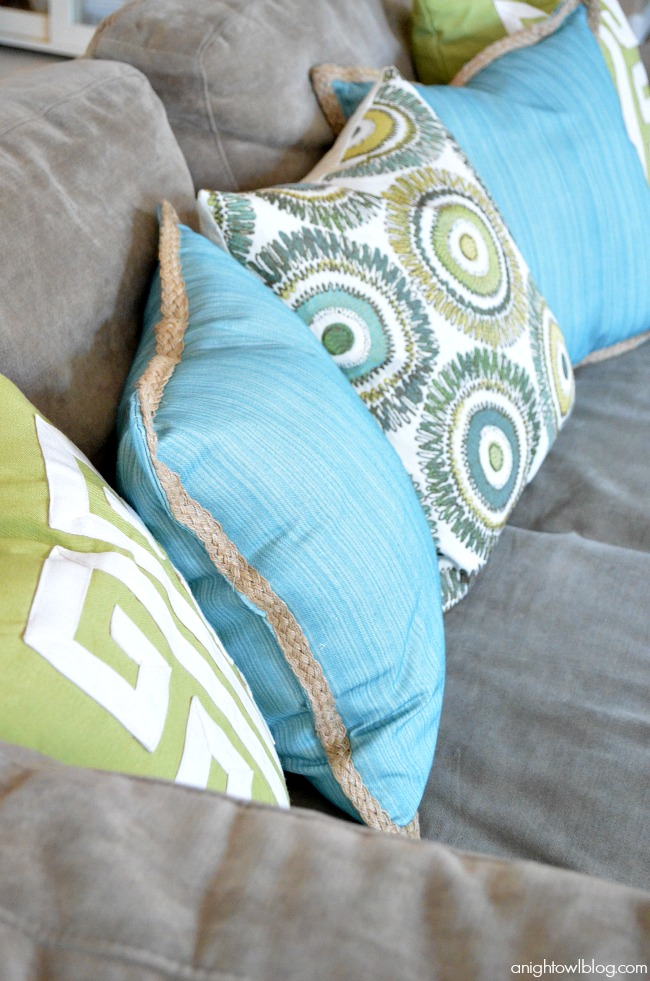 Love these bright throw pillows!