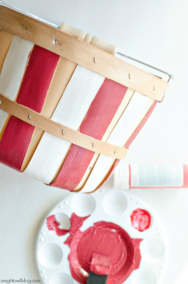 Red and White Painted Bushel Baskets - SO easy and perfect for parties or decor!