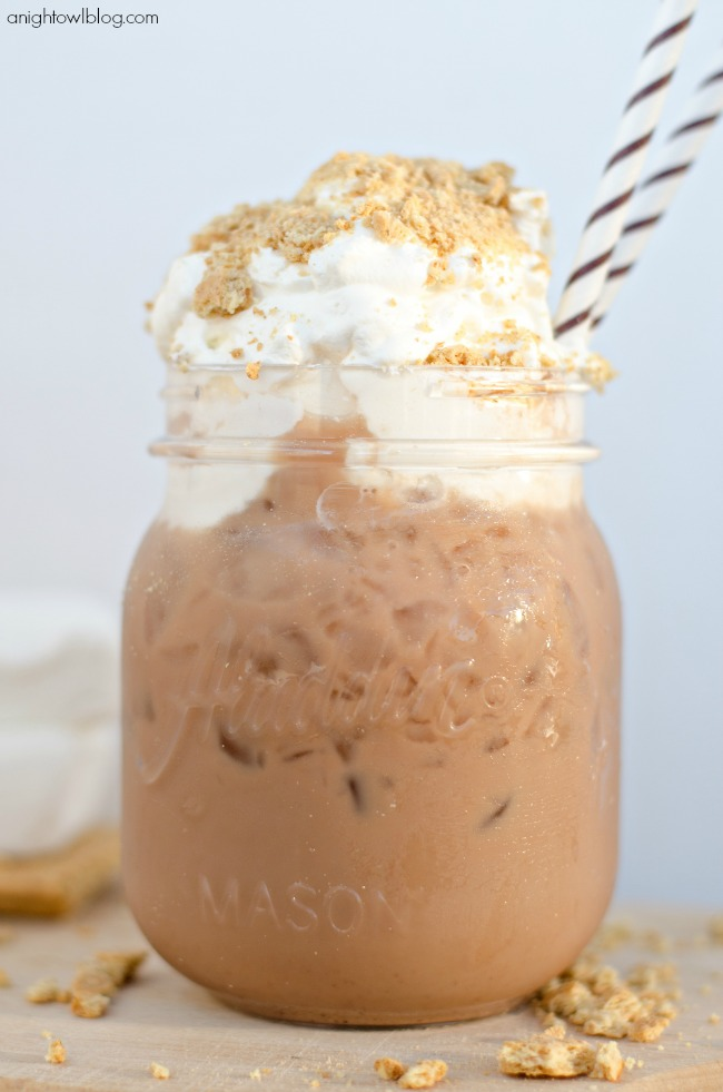 Smores Iced Coffee | anightowlblog.com
