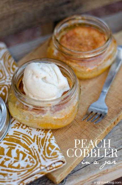 Easy Peach Cobbler in a Jar