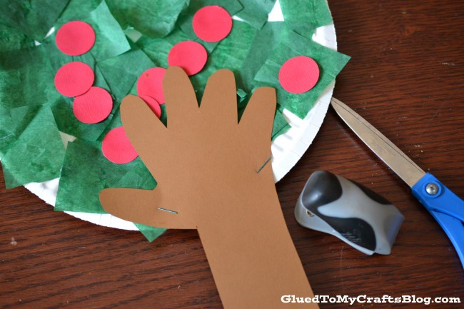 Apple Tree Kids Craft | anightowlblog.com