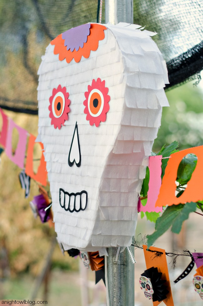 Day of the Dead Skull Pinata e