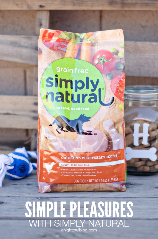 Simple Pleasures with Simply Natural Dog Food | anightowlblog.com