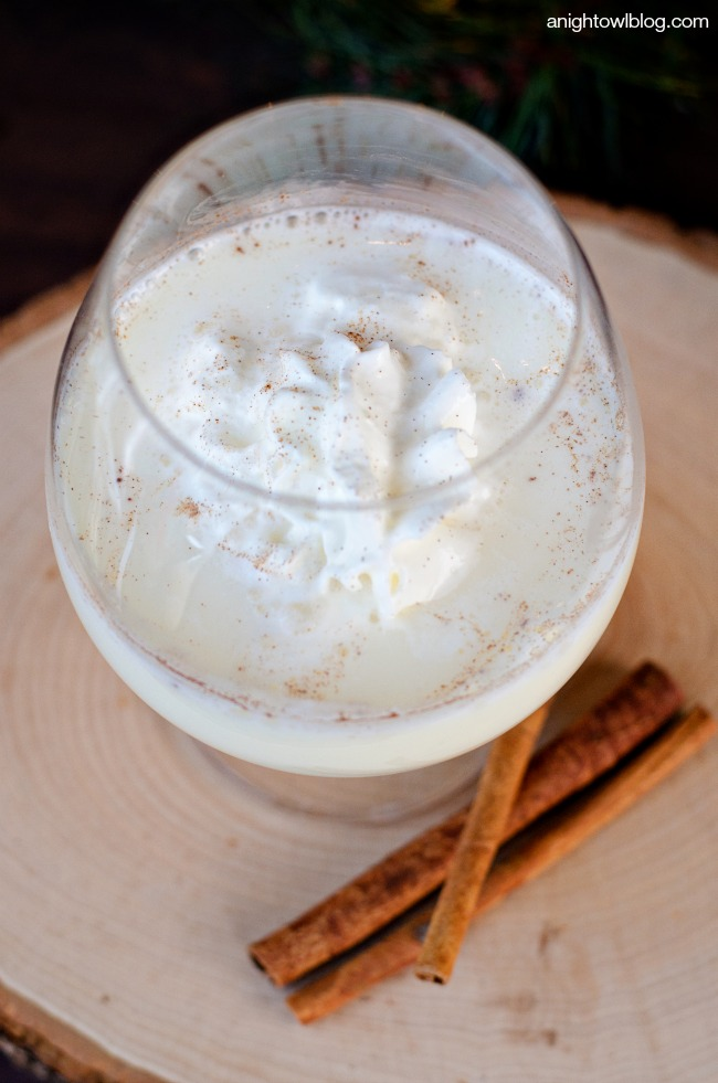 White Chocolate Eggnog Cocktail | anightowlblog.com