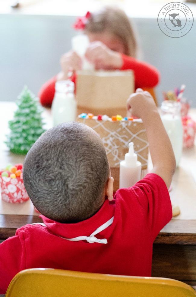 Gingerbread House Party | anightowlblog.com