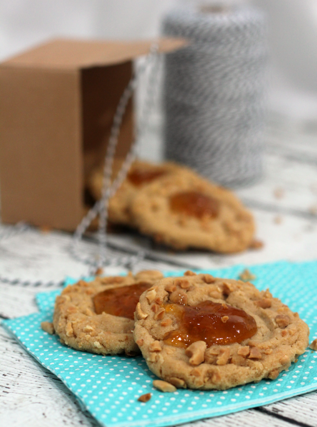 Made with creamy peanut butter, rolled in crunchy peanuts and topped with your favorite jelly, they are simply irresistible!