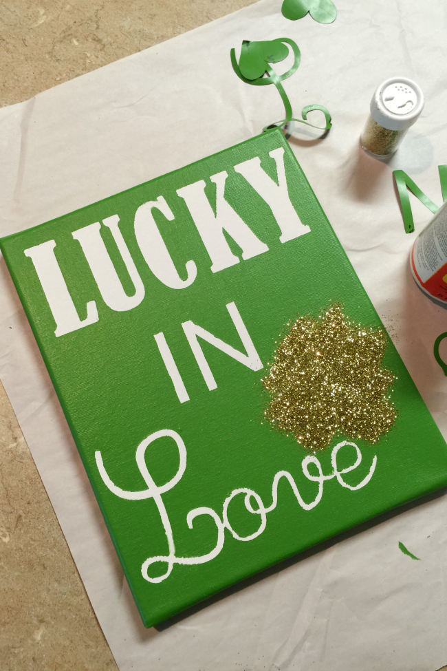 DIY Lucky in Love Sign - craft your own St. Patrick's Day decor this year with this easy and adorable sign!