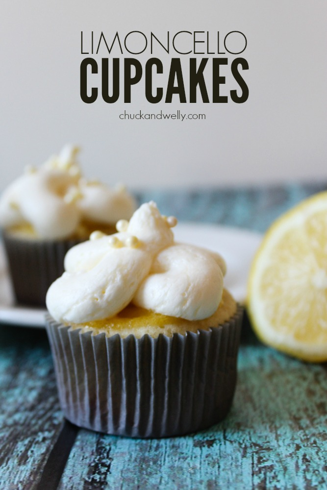 Limoncello Cupcakes - delicious light lemon cupcakes topped with fluffy cloud frosting made with Italian cream cheese. Delicioso!