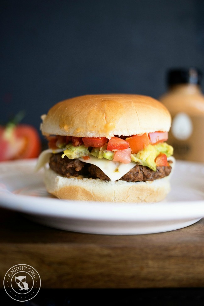 Easy Southwestern Burger - all the flavors of the Southwest in one tasty burger!