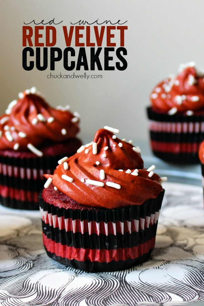 Red Wine Red Velvet Cupcakes - delicious and moist cupcakes with a hint of your favorite red wine!